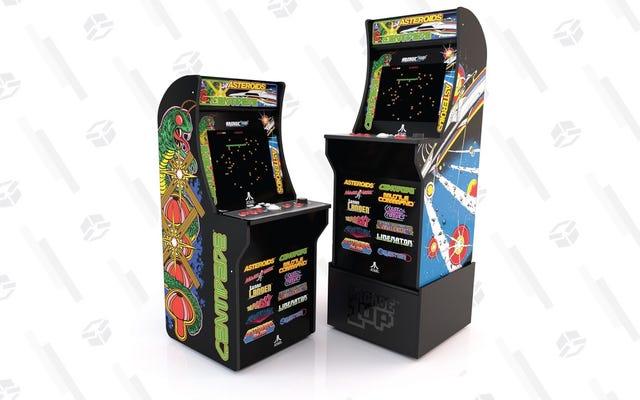 Économisez 100 $ sur une armoire Arcade1Up avec 12 jeux intégrés