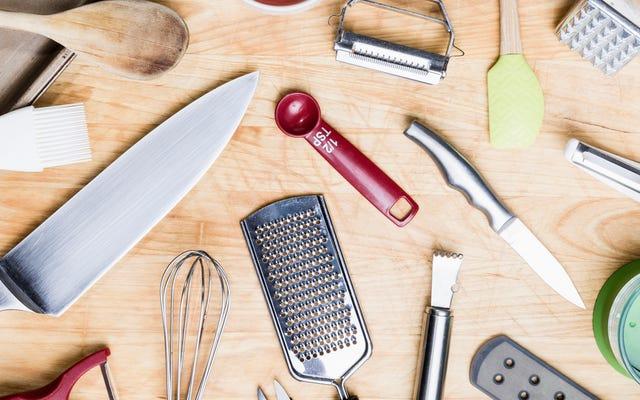 เครื่องมือในครัวเหล่านี้มีราคาถูกและเราใช้อยู่ตลอดเวลา