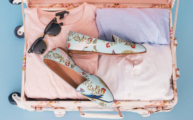 La mejor manera de empacar una maleta, basada en 5 métodos que probamos
