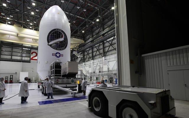 El secreto avión espacial de la Fuerza Aérea de EE. UU. Bate récord con 719 días seguidos en órbita