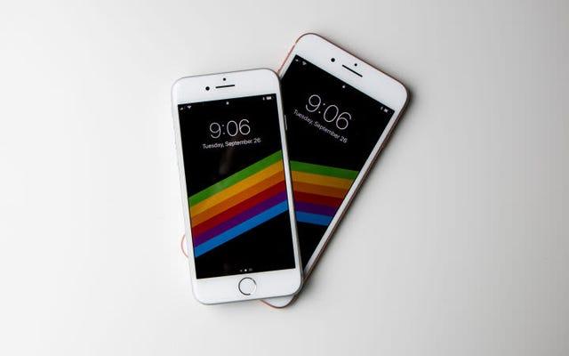 Tim Cook กล่าวว่าการอัปเดต iOS ครั้งต่อไปจะช่วยให้คุณสามารถปิดใช้งานการชะลอตัวของแบตเตอรี่โดยเจตนา