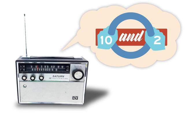 私たちのラジオ番組「Ten&Two」の第2話が電気自動車の入門書とともにここにあります