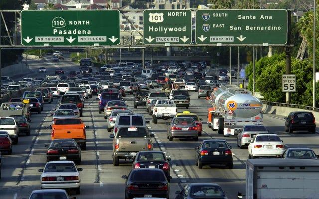 Les compagnies d'assurance automobile peuvent bousiller les Californiens en gonflant les estimations de kilométrage pour facturer plus