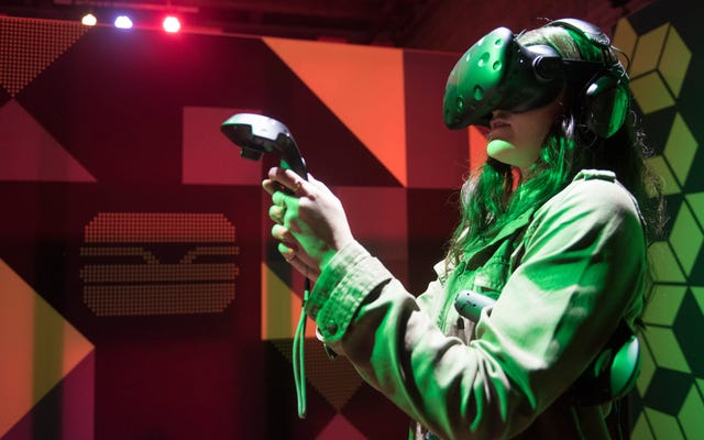 VR กำลังได้รับความนิยมอย่างมาก