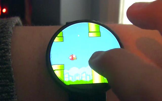 それは避けられませんでした:AndroidWearウォッチでFlappyBirdをプレイできるようになりました
