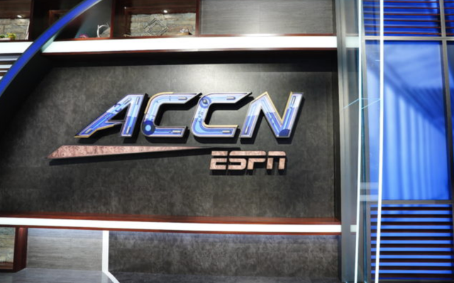 ESPNのACCネットワークは安い学生労働力に依存します