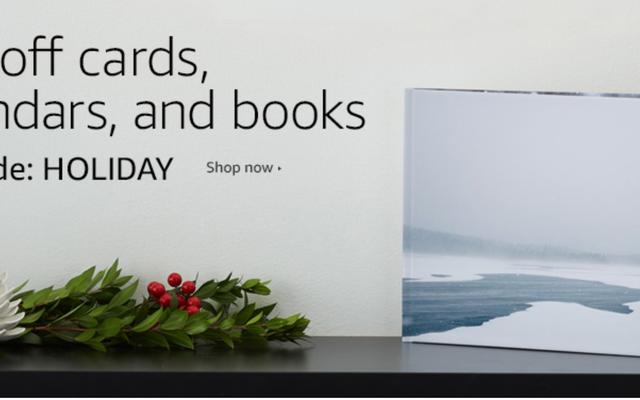 परफेक्ट हॉलिडे गिफ्ट: Amazon से कस्टम फोटो बुक्स, कैलेंडर्स और कार्ड्स पर 60% की बचत करें