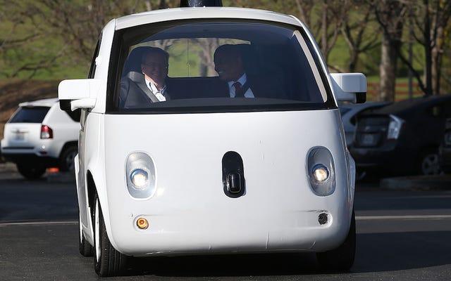 Google Mengajari Mobil Tanpa Sopirnya Cara Menjadi Bajingan yang Lebih Besar di Jalan