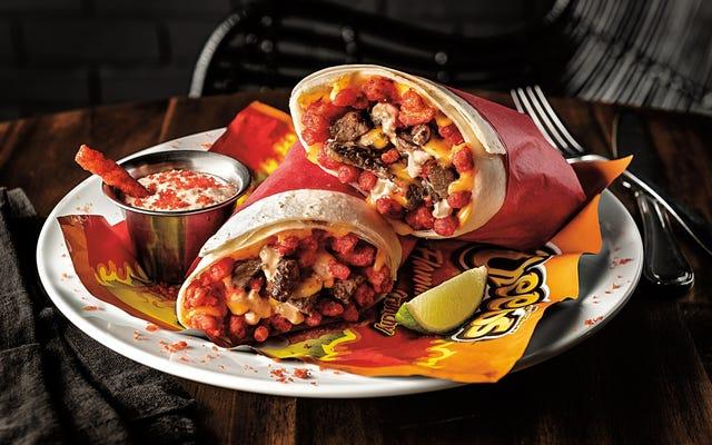 Wyskakująca restauracja Flamin 'Hot Cheetos będzie oferować burrito, skrzydełka i koktajle mleczne