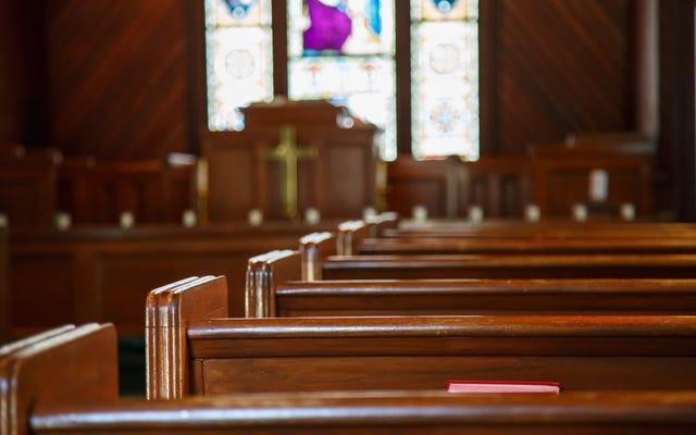 पादरी चेहरे चर्च से $ 35,000 चोरी करने के लिए अनन्त शमन (और जेल में 10 साल)