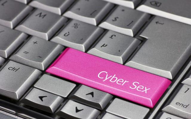 Czy uprawiasz seks przez Skype?