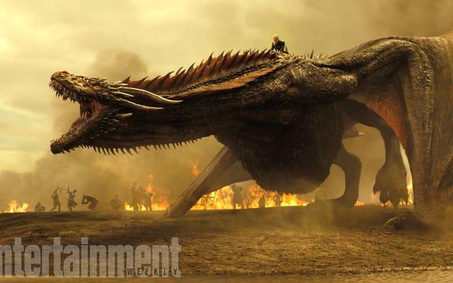 De nouvelles images de la septième saison de Game of Thrones donnent des indices sur l'endroit où se trouvent Daenerys et Arya