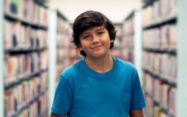 Okul Yılının İlk 6 Dakikası Boyunca Utangaç Öğrenci Olmak İçin Tiyatro Kampında Oluşturulan Öz Güven