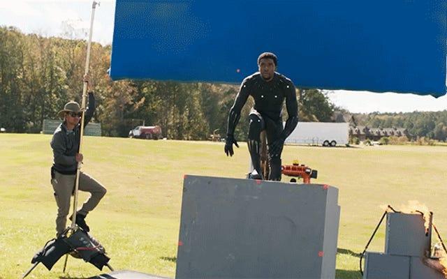 งานจำนวนมากได้เข้าสู่การสร้างกล้ามเนื้อของ Chadwick Boseman ใน Black Panther แบบดิจิทัล