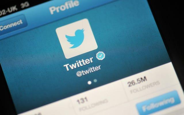 ट्विटर एक ही ट्वीट में और भी घिनौने नस्लवादी बकवास को निचोड़ने के तरीकों का परीक्षण कर रहा है