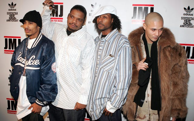 Я бы заплатил хорошие деньги, чтобы увидеть Bone Thugs-N-Harmony Vs. Migos Rap Battle