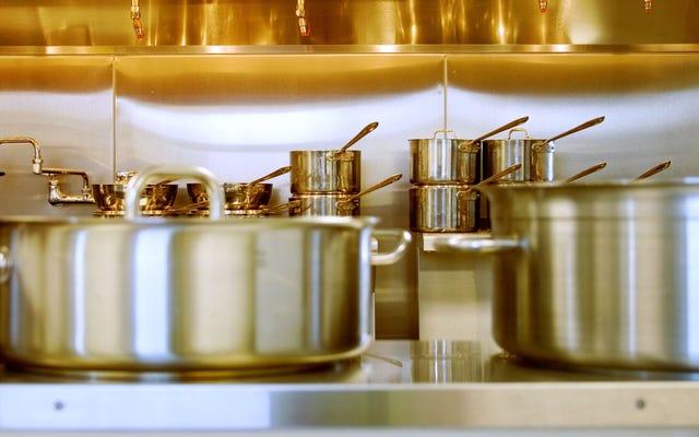 あなたの派手な新しい調理器具を派手で新しい見た目に保つ方法