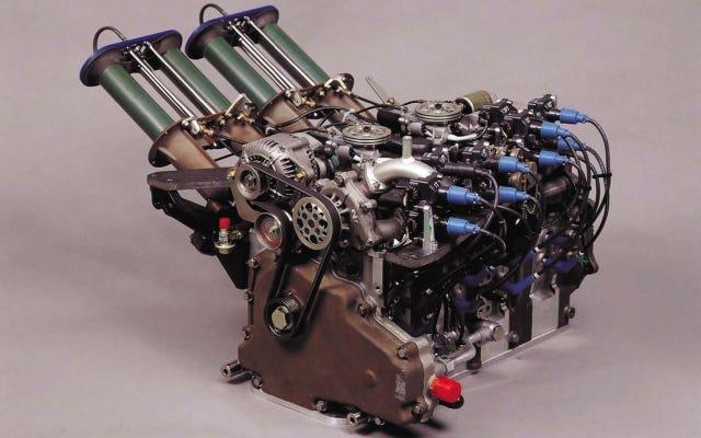 マツダのすべてを征服する700HPの4ロータールマンエンジンは、これまでで最もクールなインテークを備えています