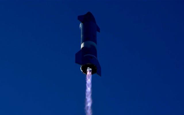 """Oglądaj na żywo: SpaceX próbuje drugiego """"przeskoku"""" statku kosmicznego na dużą wysokość [Aktualizacja: Kaboom!]"""