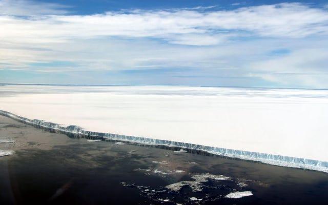 अंटार्कटिका के तहत छिपे हुए समुद्र के किनारे का अन्वेषण 120,000 वर्षों से शुरू होता है
