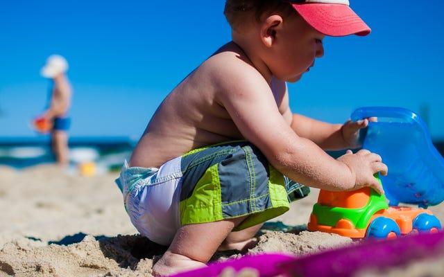माता-पिता के लिए 7 समुद्र तट भाड़े जो संघर्ष से नफरत करते हैं