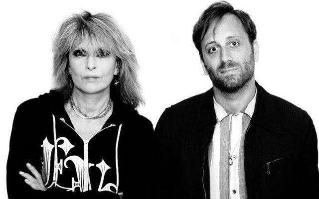 プリテンダーズは、ザ・ブラック・キーズのダン・オーバックがプロデュースしたニューアルバムを発表しました