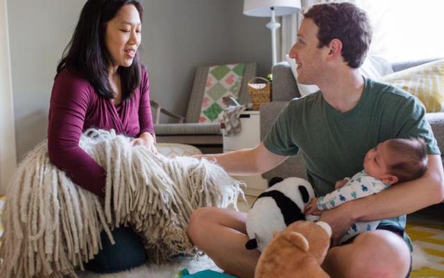 Марк Цукерберг объявляет о создании пользователя женского пола
