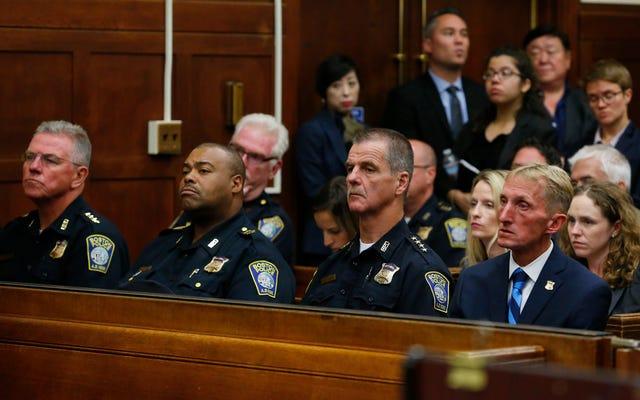 マサチューセッツ最高裁判所:黒人男性は警察から逃げる正当な理由があるかもしれない