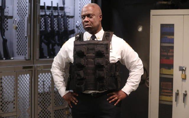 """Andre Braugher phát biểu về """"những thử thách mới"""" trong mùa thứ 8 của Brooklyn Nine-Nine"""