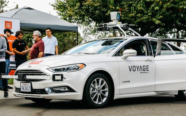 ชุมชนผู้เกษียณอายุในแคลิฟอร์เนียเป็นจุดเริ่มต้นล่าสุดสำหรับการทดสอบรถยนต์ไร้คนขับ