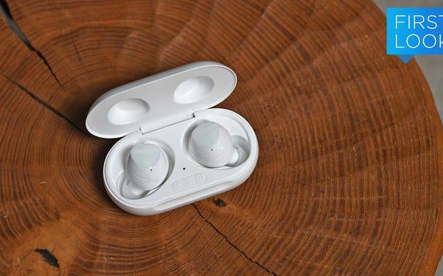 सैमसंग के नए गैलेक्सी बड्स + में डबल बैटरी लाइफ और अधिक मिक्स हैं