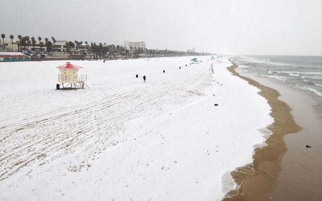 今朝の南カリフォルニアのビーチの様子