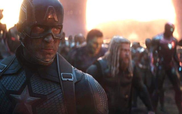 アベンジャーズ:エンドゲームのディレクターが、なぜそのキャラクターを新しいキャプテンアメリカとして選んだのかを説明します