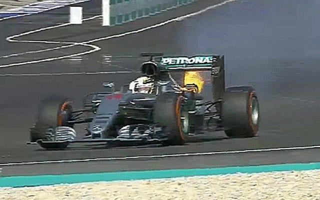Zobacz z podziwem, jak silnik F1 Lewisa Hamiltona wysadza w powietrze, pozwalając komuś innemu wygrać