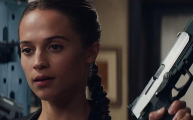 Будьте готовы к еще большему количеству плакатов с растянутой шеей, потому что скоро появится продолжение Tomb Raider