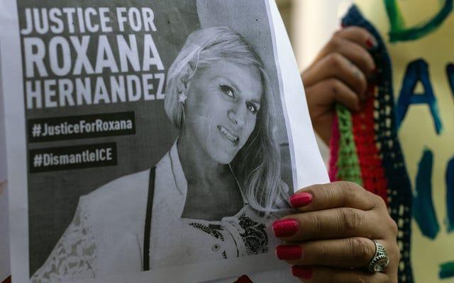 伝えられるところによると、トランス亡命希望者は彼女の死の前に拘留中に虐待された