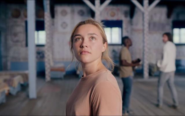"""मिडसमर का नया ट्रेलर निश्चित रूप से इसे """"सर्वनाश गोलमाल फिल्म"""" जैसा लगता है"""