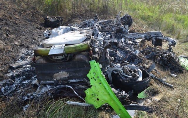 Il video mostra la Lamborghini Huracan che fa 208 MPH in autostrada prima dell'incidente