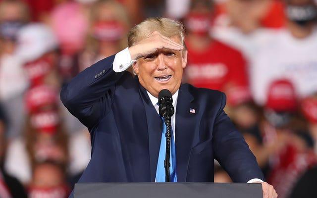 Oto więcej dowodów na to, że Donald Trump jest wielkim Weenie z niesamowicie delikatnym ego, na wypadek, gdybyś tego potrzebował