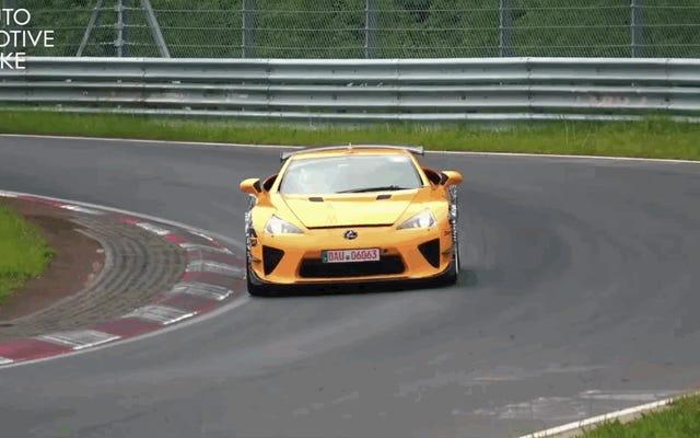 Voici un test Lexus LFA au Nürburgring en 2019 pour quelque raison que ce soit