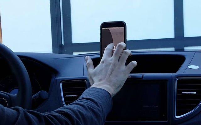 ドライブモードは、ハングアウト、Facebookメッセンジャー、WhatsAppなどであなたの声でテキストに応答します