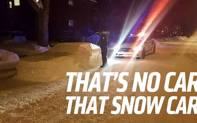 雪トヨタスープラ愚か者カナダ警察