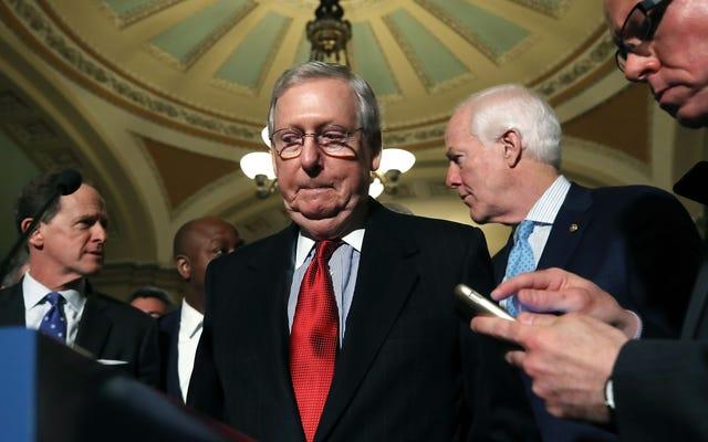 Các đảng viên Cộng hòa tại Thượng viện ủng hộ nền dân chủ, bỏ phiếu không cho phép nhân chứng tham gia phiên tòa luận tội