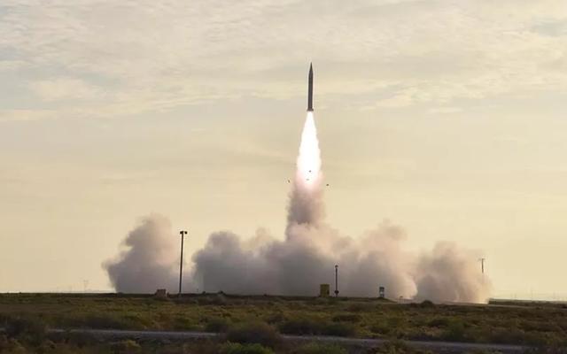 Çin, ABD Füze Savunma Sistemlerine Girme Yeteneğine Sahip Hipersonik Uçağı Test Etti