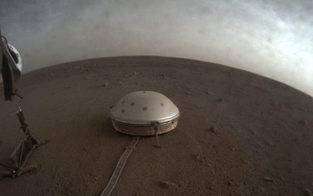 Questo è il suono di un terremoto sulla superficie di Marte