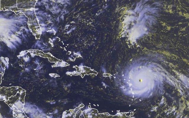 ハリケーンイルマはすでに壊滅的な可能性があり、時速298kmを超える風が吹いています