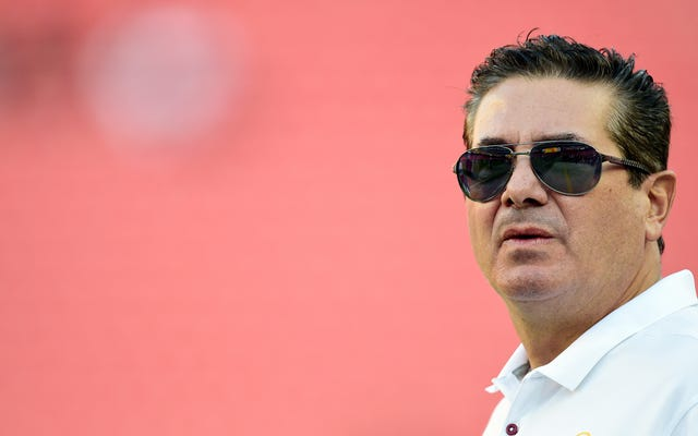 Dan Snyder เก่งในการเป็นเจ้าของทีม NFL คู่แข่งโดยตรงกล่าวว่าในขณะที่ Snickering