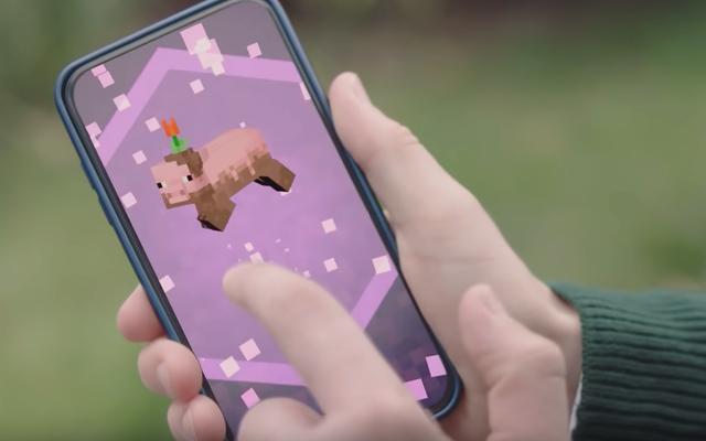 Microsoft punta alla realtà aumentata con il lancio negli Stati Uniti di Minecraft Earth in accesso anticipato