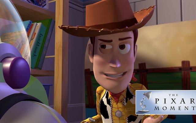 トイストーリーの最も大胆な革新の1つは、そのヒーローであるウッディを一種のジャークにすることでした。