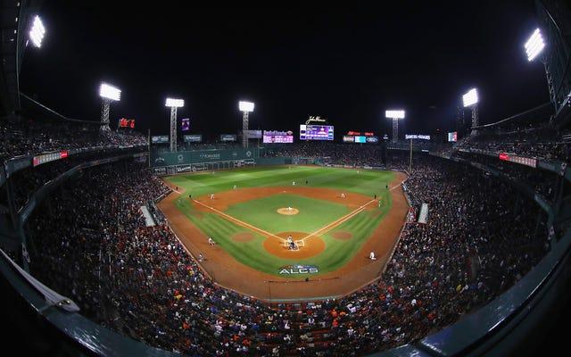 Báo cáo: Người Ấn Độ cảnh báo Red Sox của nhân viên Astros đã chụp ảnh của Dugout trong ALDS